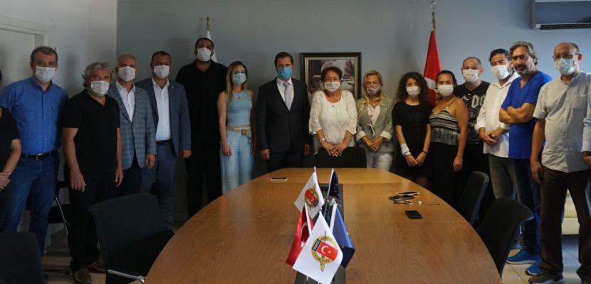 CHP İzmir İl Başkanı Yücel'den özür ziyareti