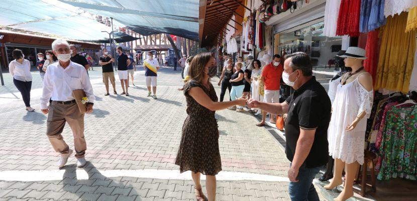 İzmir – Efes esnafından başkan Sengel'e teşekkür